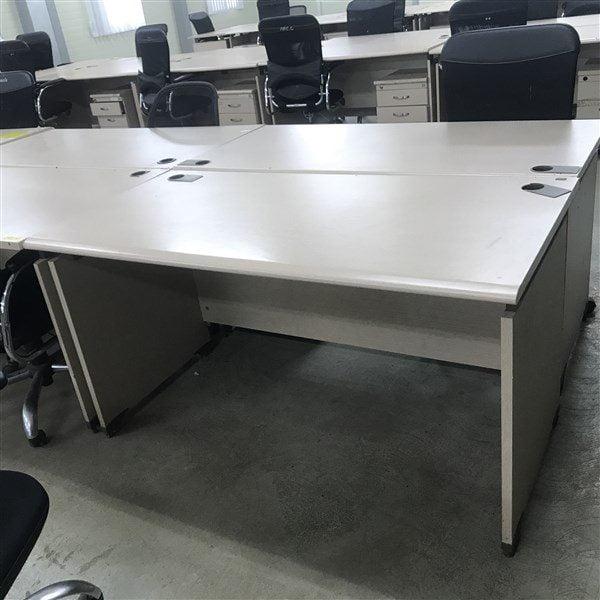 Mẫu thanh lý bàn ghế văn phòng tại Mỹ Đình - Hà Nội