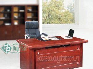 Cách chọn bàn giám đốc cho Sếp Nữ sang trọng phù hợp phong thủy