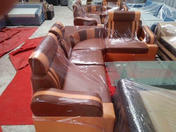 Thanh lý sofa da góc màu socola 1m6x2m1 mới 100% giá 2,300,000 ₫