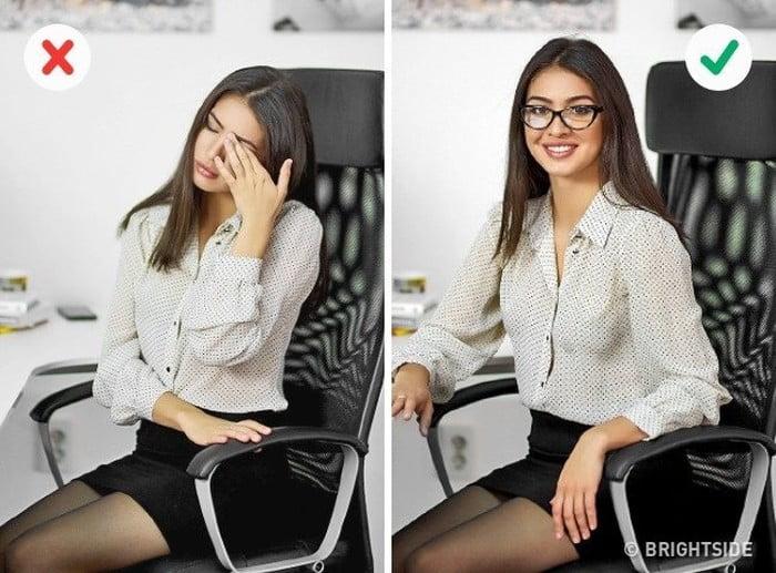 【BẬT MÍ】Tư thế ngồi làm việc cả ngày không bị mệt mỏi