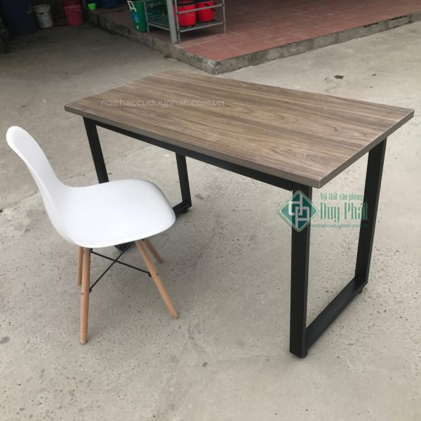 Mẫu sản phẩm thanh lý bàn ghế văn phòng Hà Nội tại Duy phát