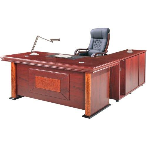 Mẫu bàn giám đốc đẹp được làm bằng gỗ tự nhiên 2