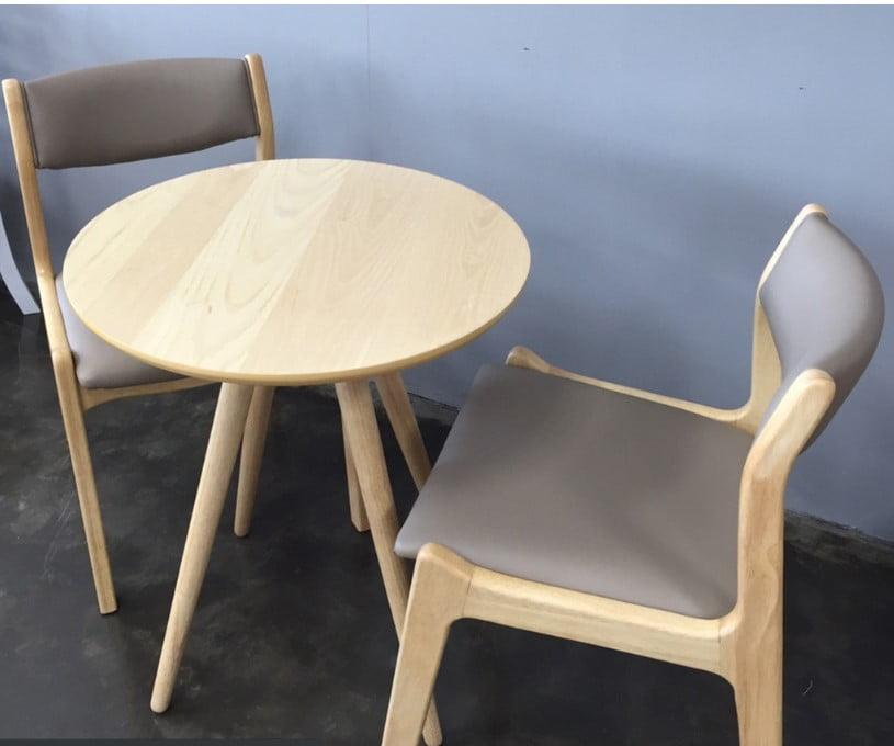 Mẫu bàn ghế cafe đẹp có bọc nệm tựa lưng