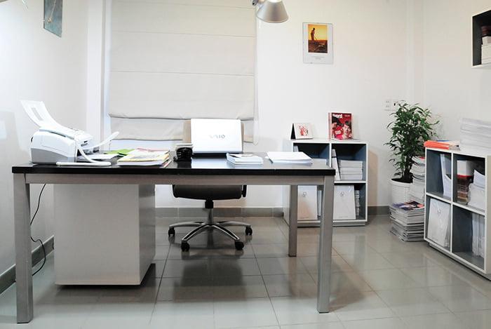 Cách sắp xếp bàn làm việc văn phòng theo phong thủy CHUẨN nhất 1