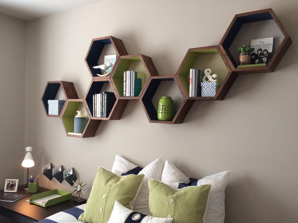 Một số mẫu kệ trang trí gỗ công nghiệp treo tường nổi bật hiện nay
